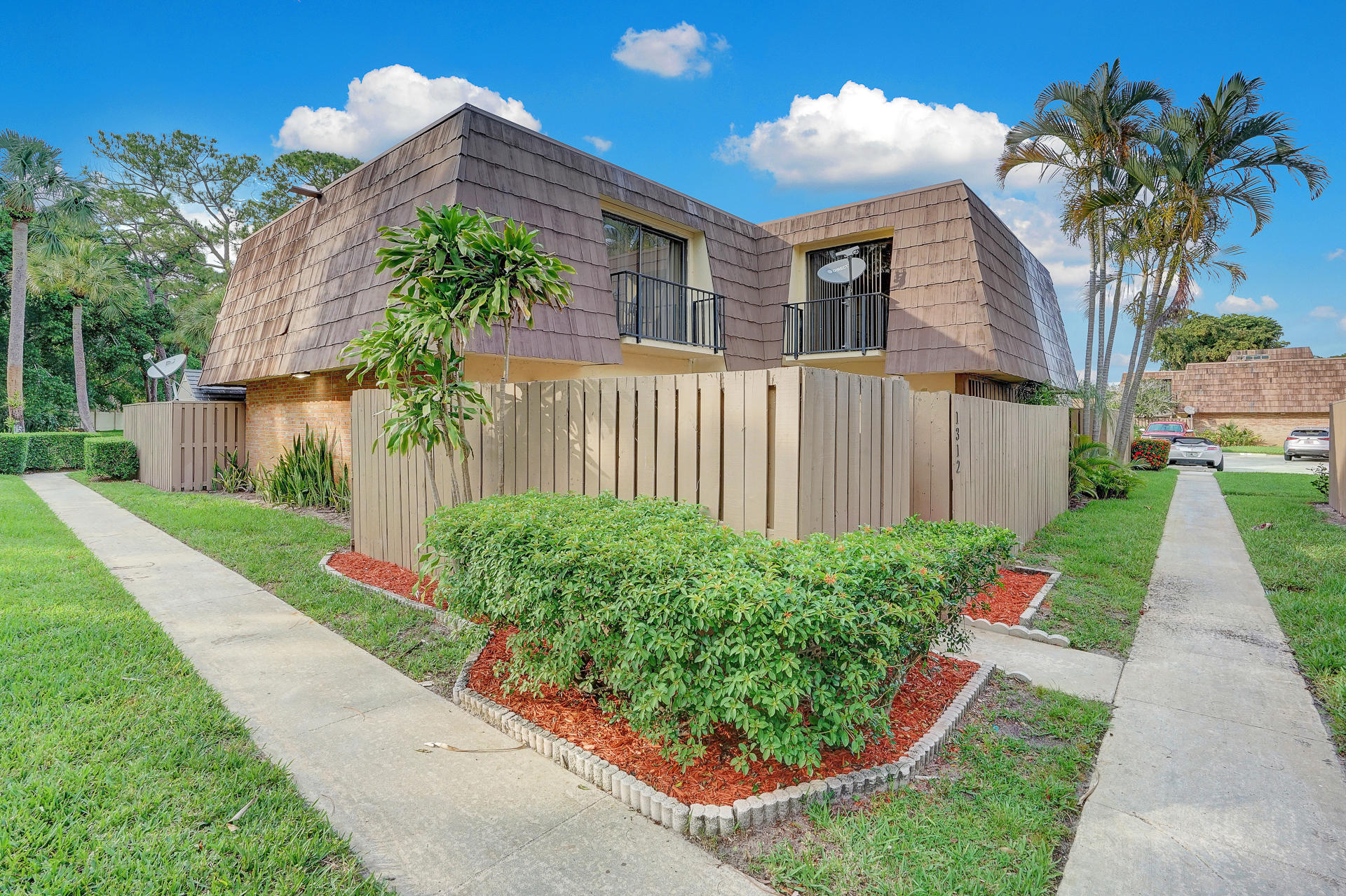 1312 13th Court 5260, Palm Beach Gardens, Florida 33410, 2 Bedrooms Bedrooms, ,2.1 BathroomsBathrooms,A,Townhouse,13th,RX-10530931