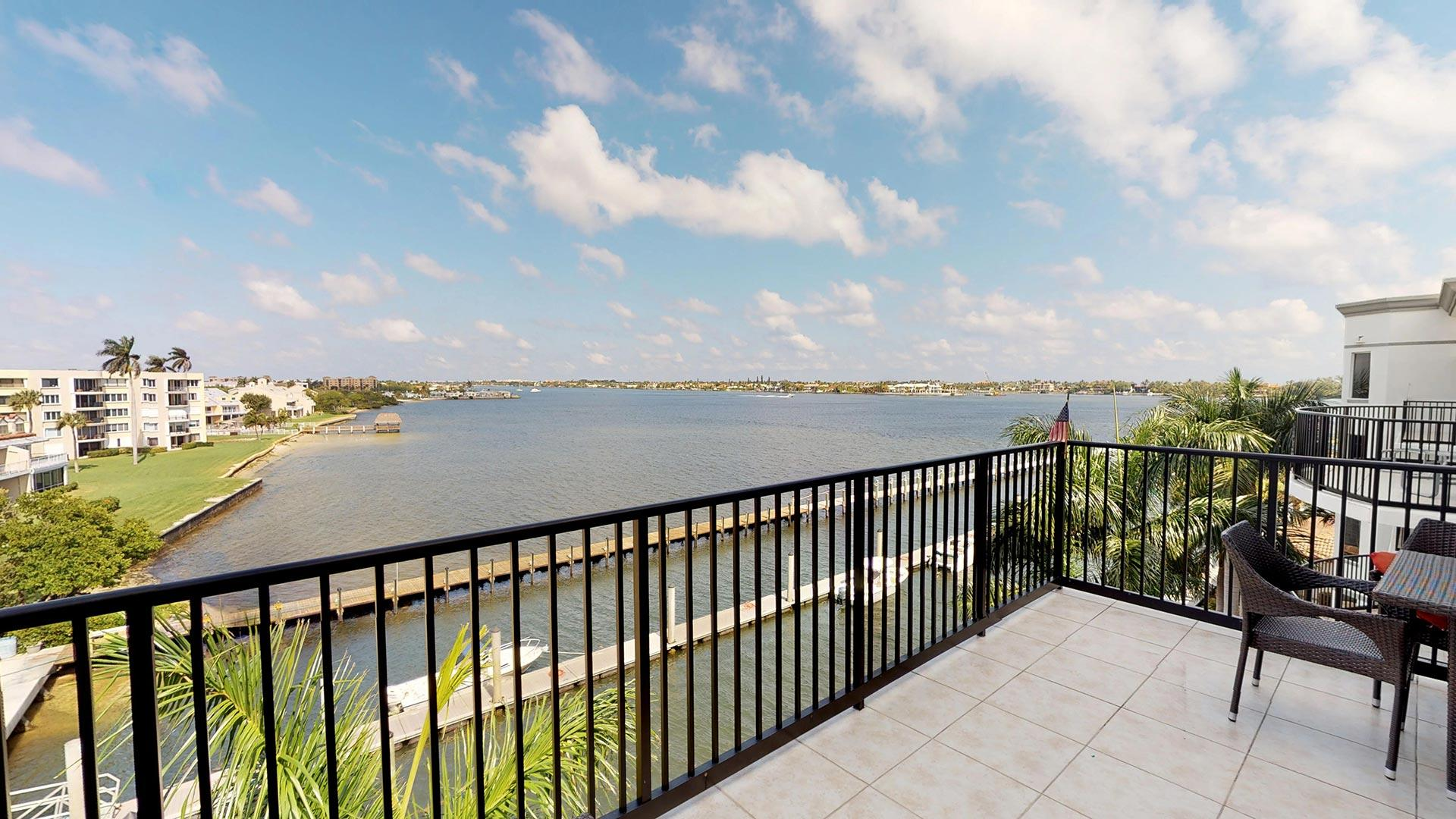 PENINUSLA ON THE INTRACOASTAL HOMES FOR SALE