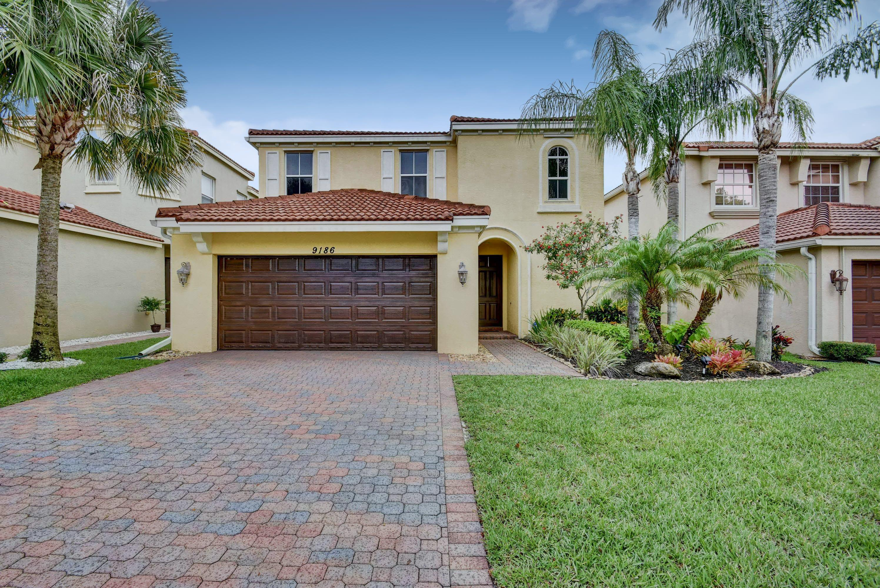 9186 Dupont Place Wellington, FL 33414