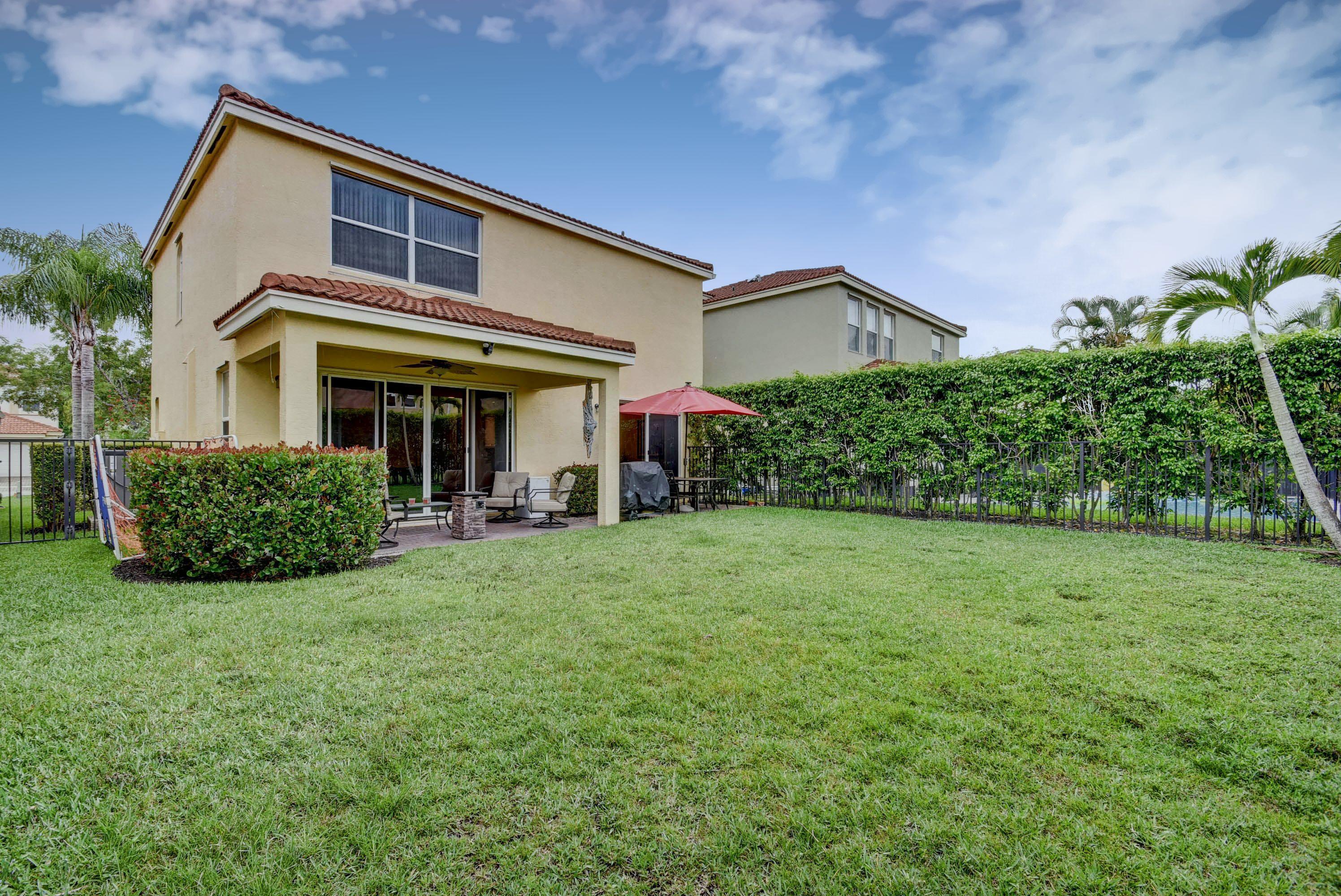 9186 Dupont Place Wellington, FL 33414 photo 22