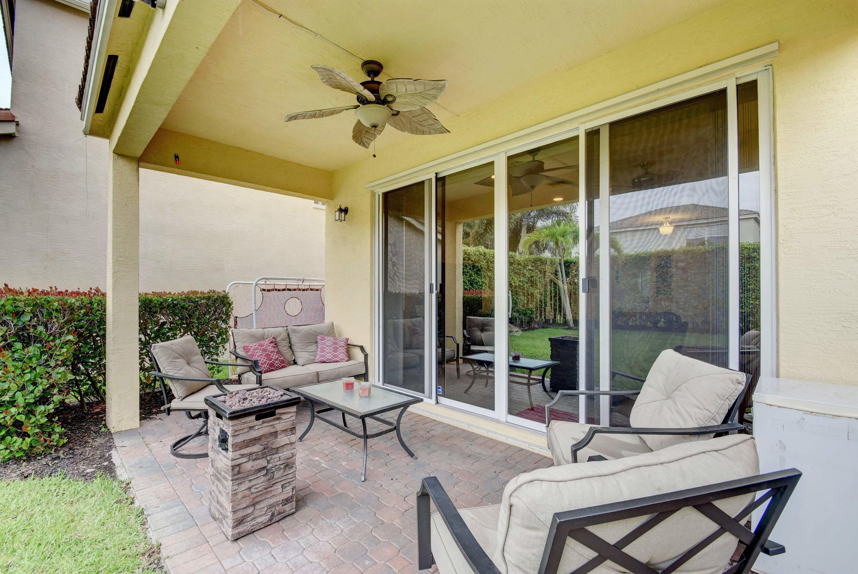 9186 Dupont Place Wellington, FL 33414 photo 24