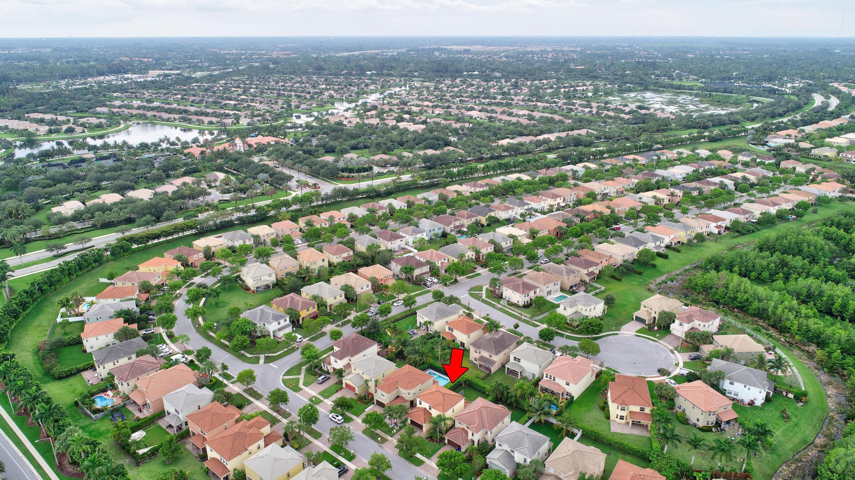 9186 Dupont Place Wellington, FL 33414 photo 28