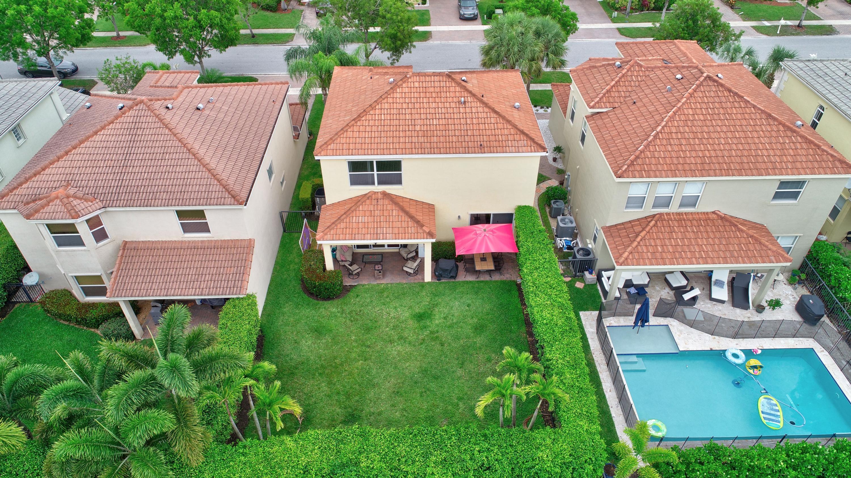 9186 Dupont Place Wellington, FL 33414 photo 30