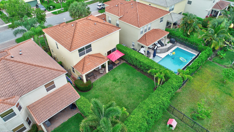 9186 Dupont Place Wellington, FL 33414 photo 31
