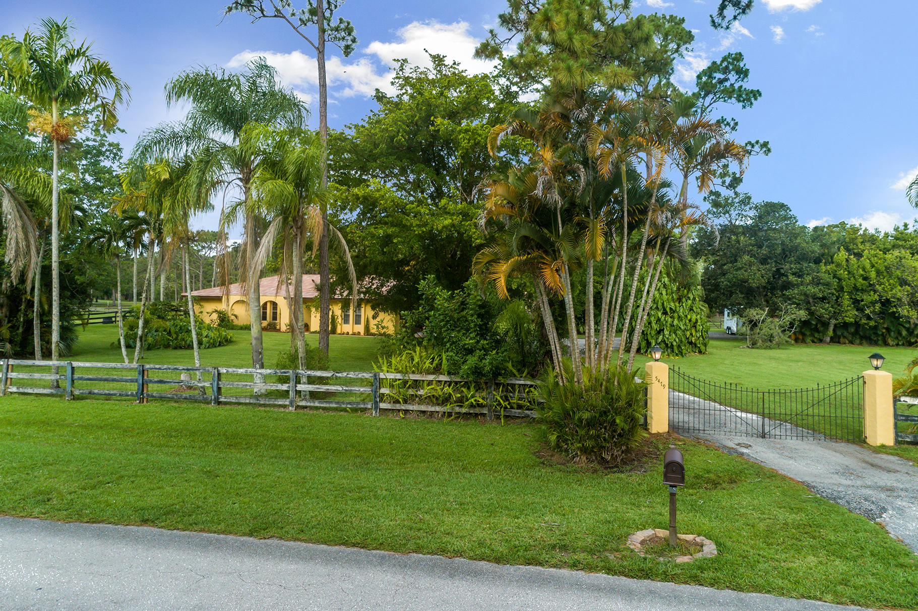 5479 Homeland Road Lake Worth, FL 33449 photo 3