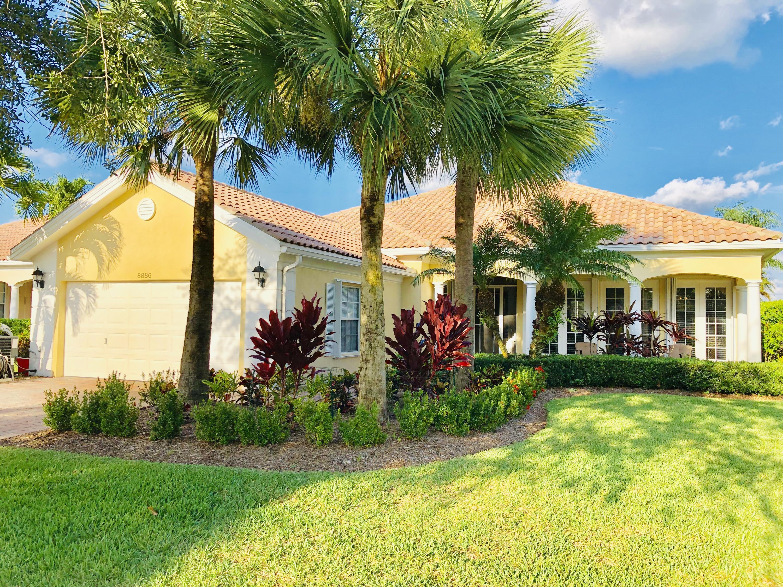 Home for sale in CARLETON OAKS Palm Beach Gardens Florida