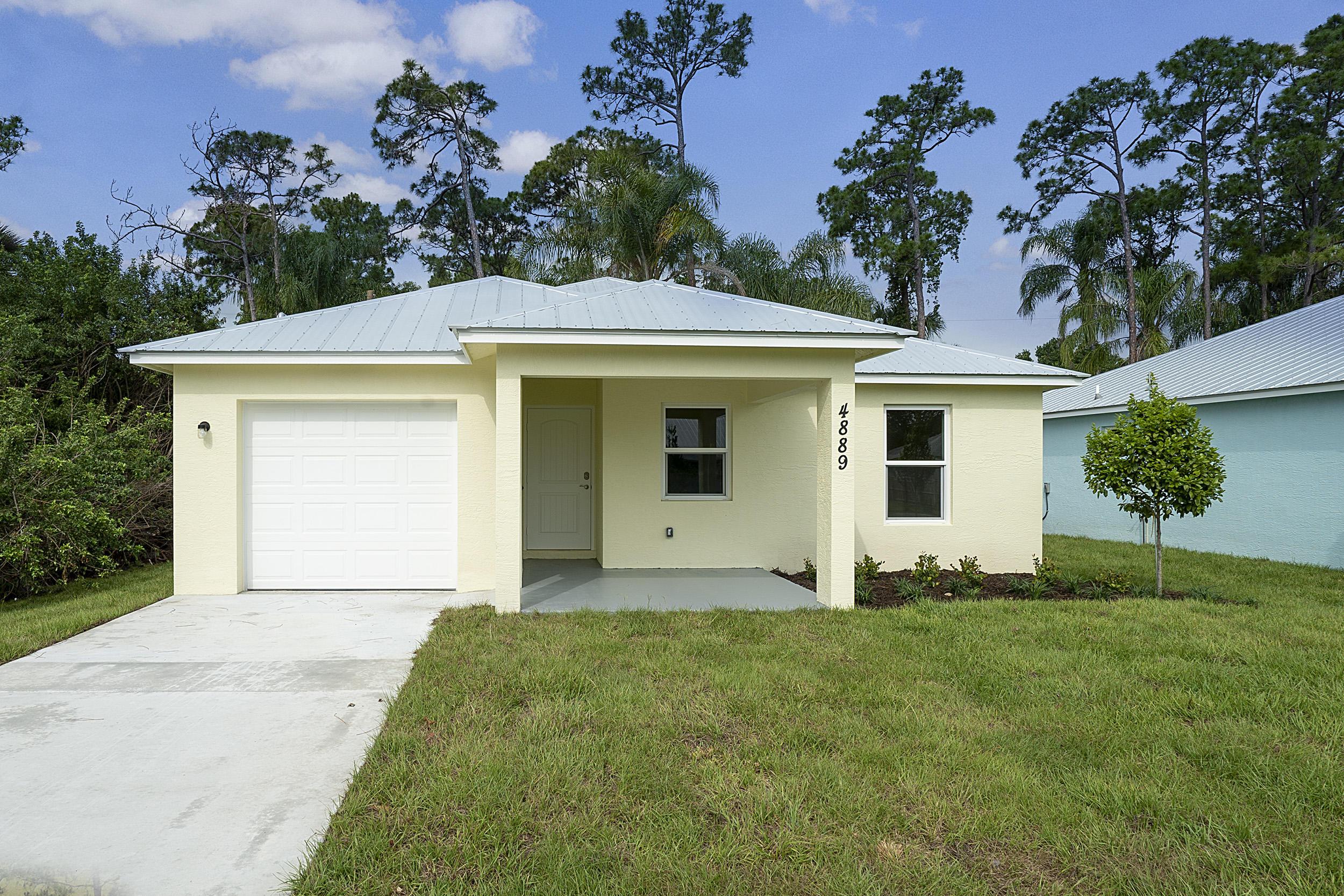 Photo of 4889 SE Isabelita Avenue, Stuart, FL 34997