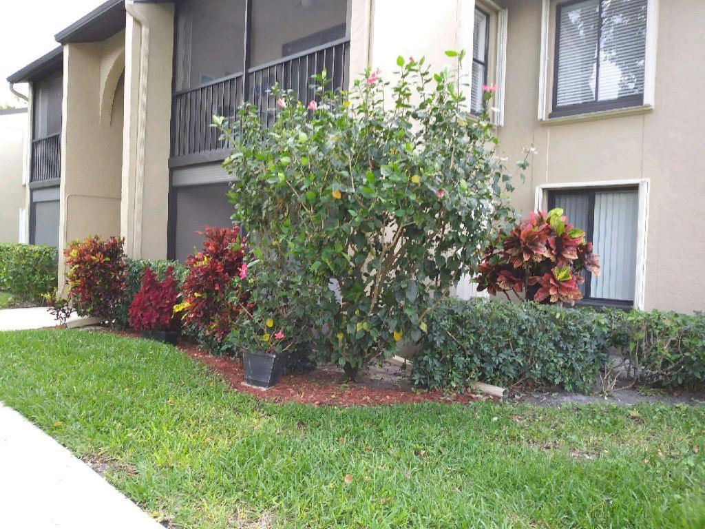 Home for sale in Pine Ridge North Village Iii Greenacres Florida