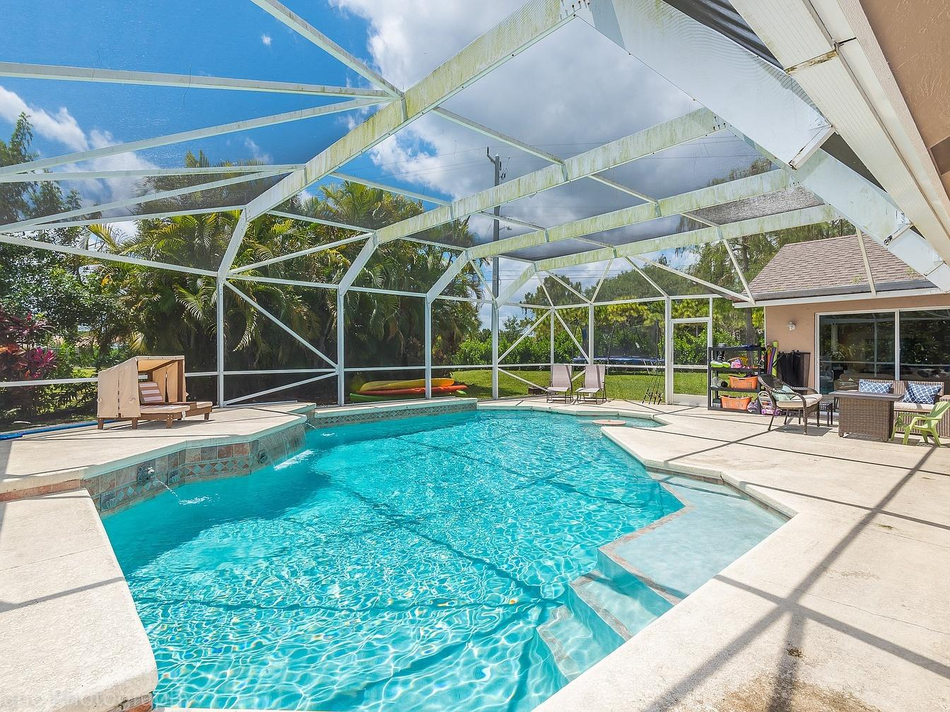 Home for sale in Greenview Shores 1 Wellington Florida