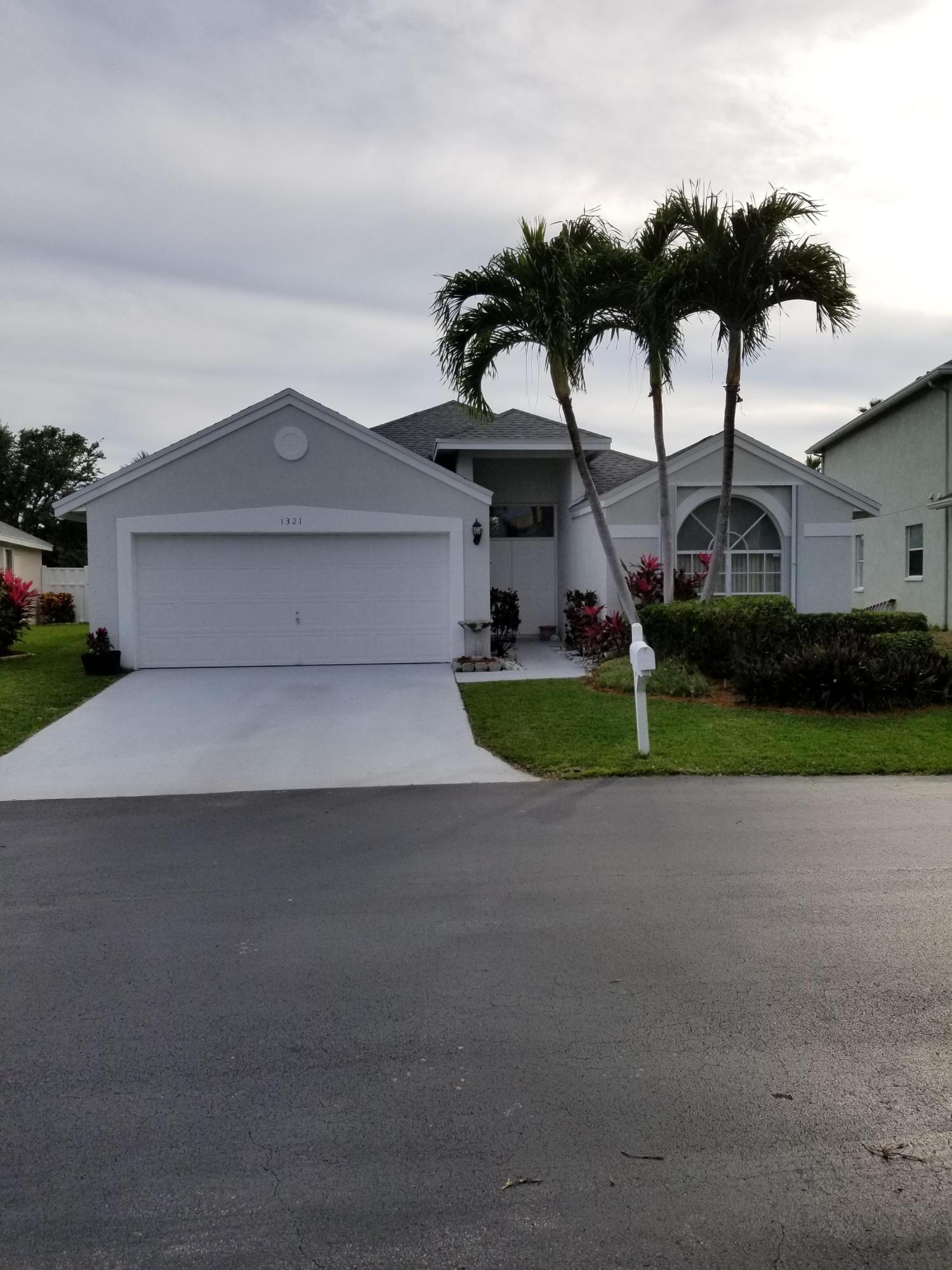 Home for sale in LAWRENCE GROVE 2 PUD Boynton Beach Florida