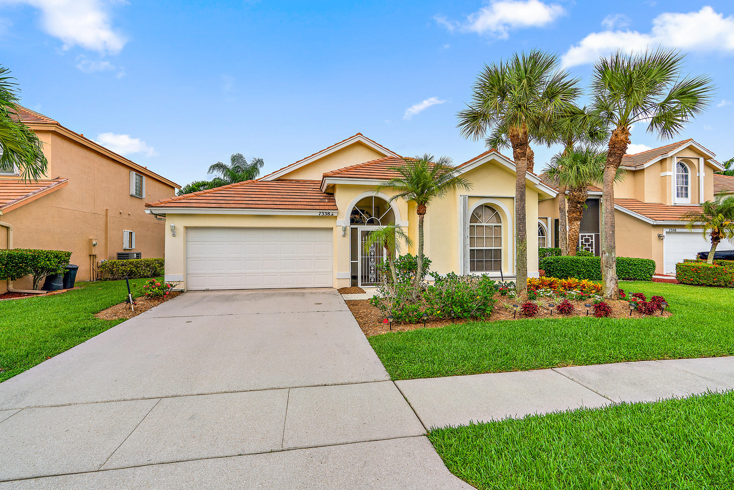 7338 Oakboro Drive Lake Worth, FL 33467
