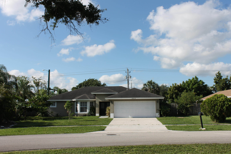 Home for sale in EASTWOOD OF WELLINGTON 3 Wellington Florida