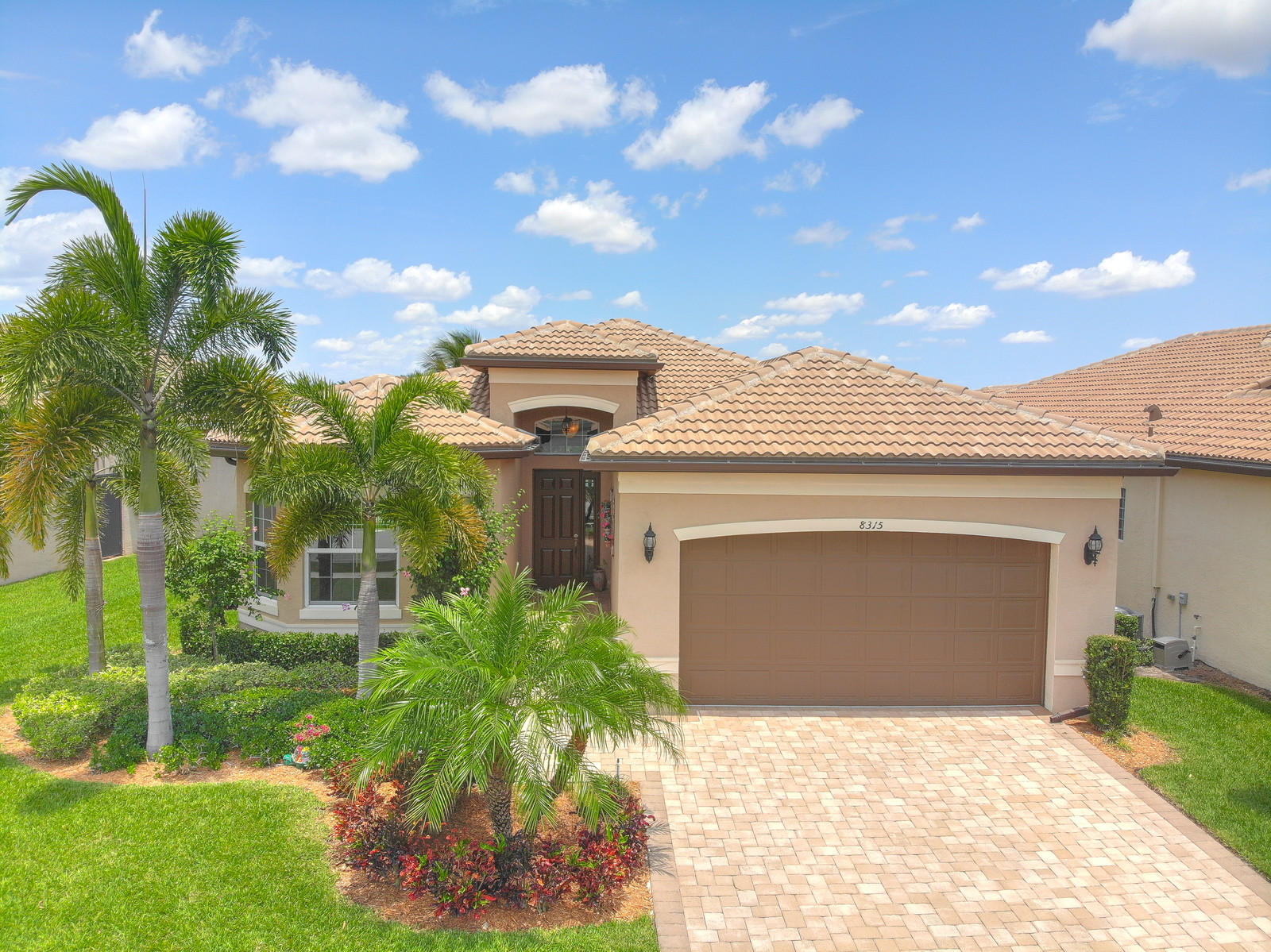 8315 Cloud Peak Drive  Boynton Beach FL 33473