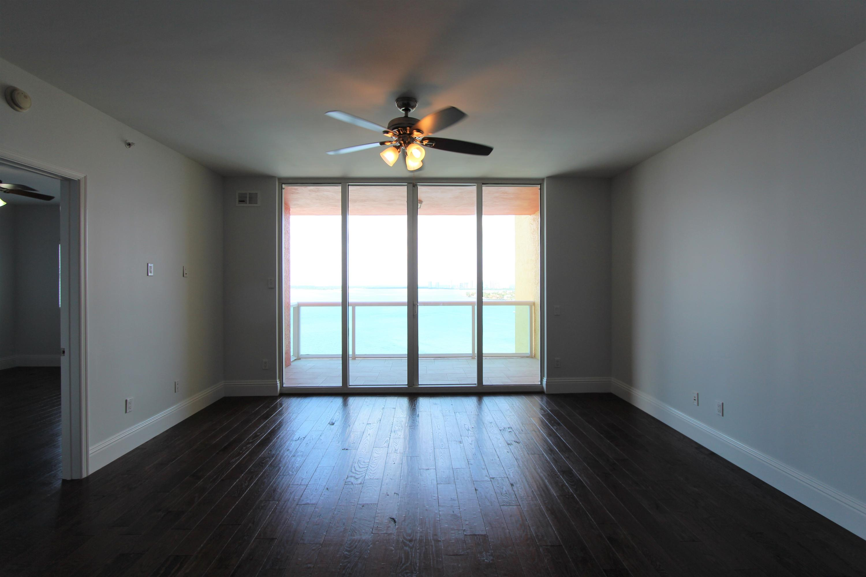 2650 Lakeshore Drive 1602, Riviera Beach, Florida 33404, 2 Bedrooms Bedrooms, ,2.1 BathroomsBathrooms,A,Condominium,Lakeshore,RX-10531429