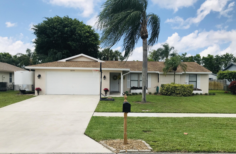 Home for sale in Le Chalet - Boca Linda Lakes Boynton Beach Florida