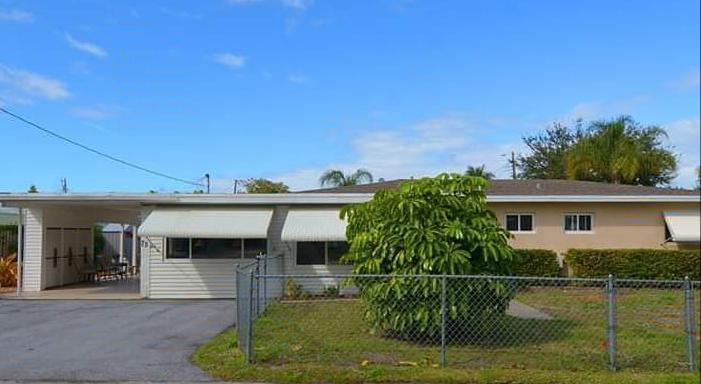 75 SW Cabana Point Circle  Stuart FL 34994
