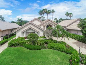 Desirable Villa B floorplan, 3bedrooms,3 full baths,2.5 car garage with den, pool and serene golf course views in the desirable gated community of Frenchmans Creek Beach and Country Club.  Generous size master bedroom with his and her walk in closets and vanities. Luxury Country Club living with golf, tennis, full spa, multiple restaurants, state of the art fitness facility, and Private Beach Club. Close Proximity to I-95, turnpike,restaurants and shops.