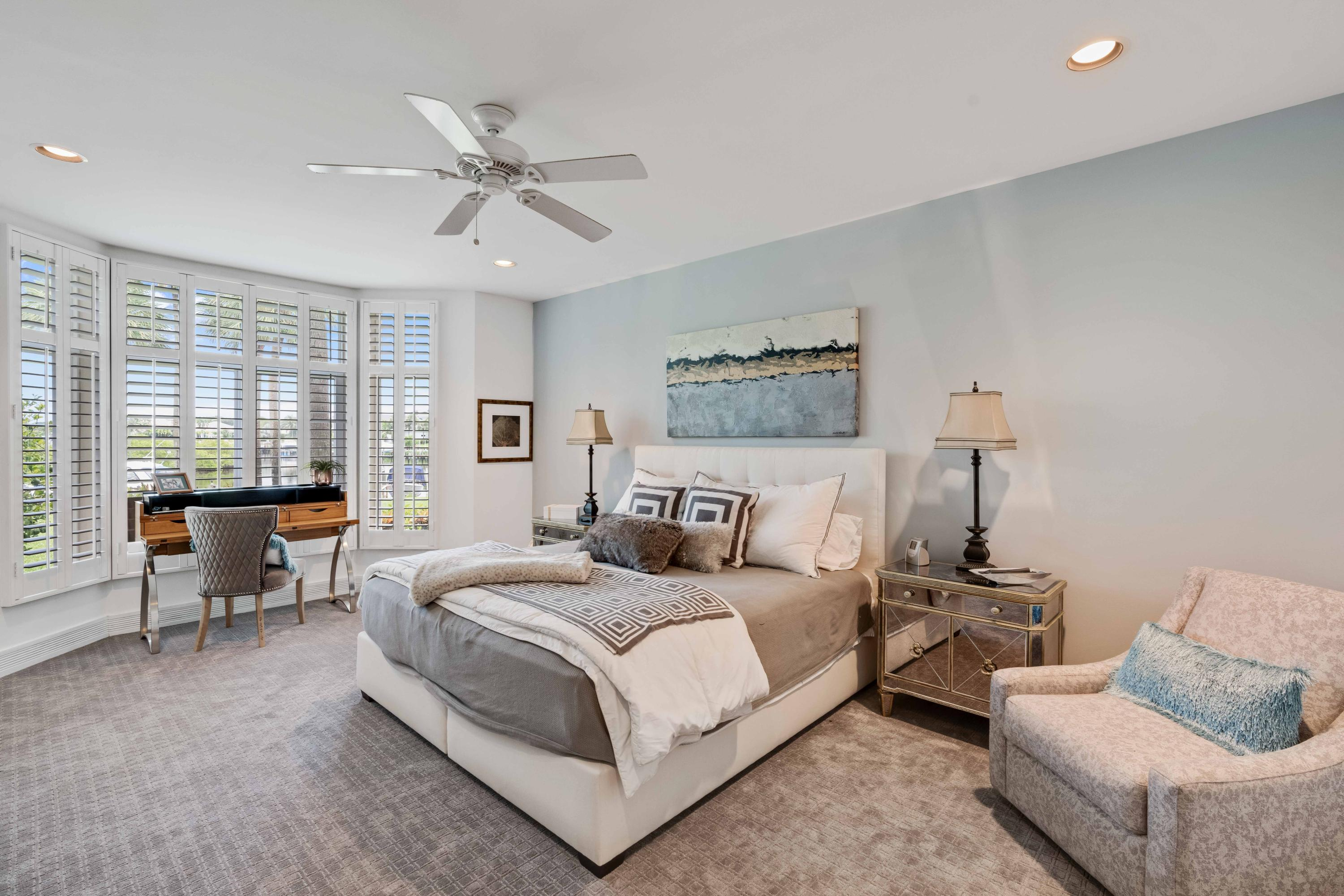 WATERSIDE AT ADMIRALS COVE    COND  UNIT 5071