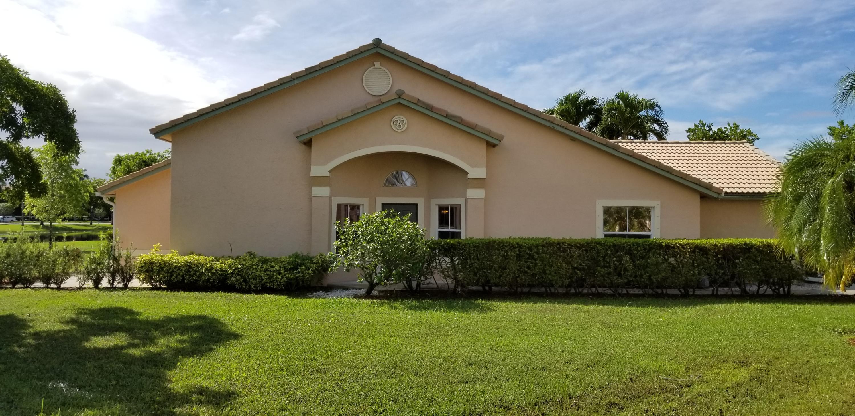 10513 Pelican Drive Wellington, FL 33414