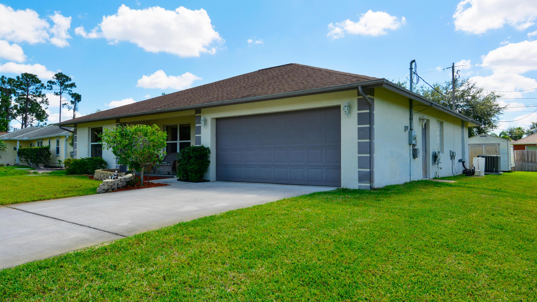 3225 SW Hickenlooper Street - Port St Lucie, Florida
