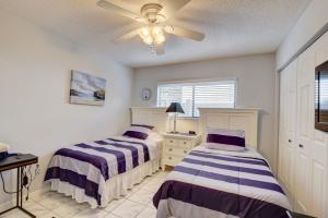 15364 Lakes Of Delray Boulevard Delray Beach FL 33484 - photo 4