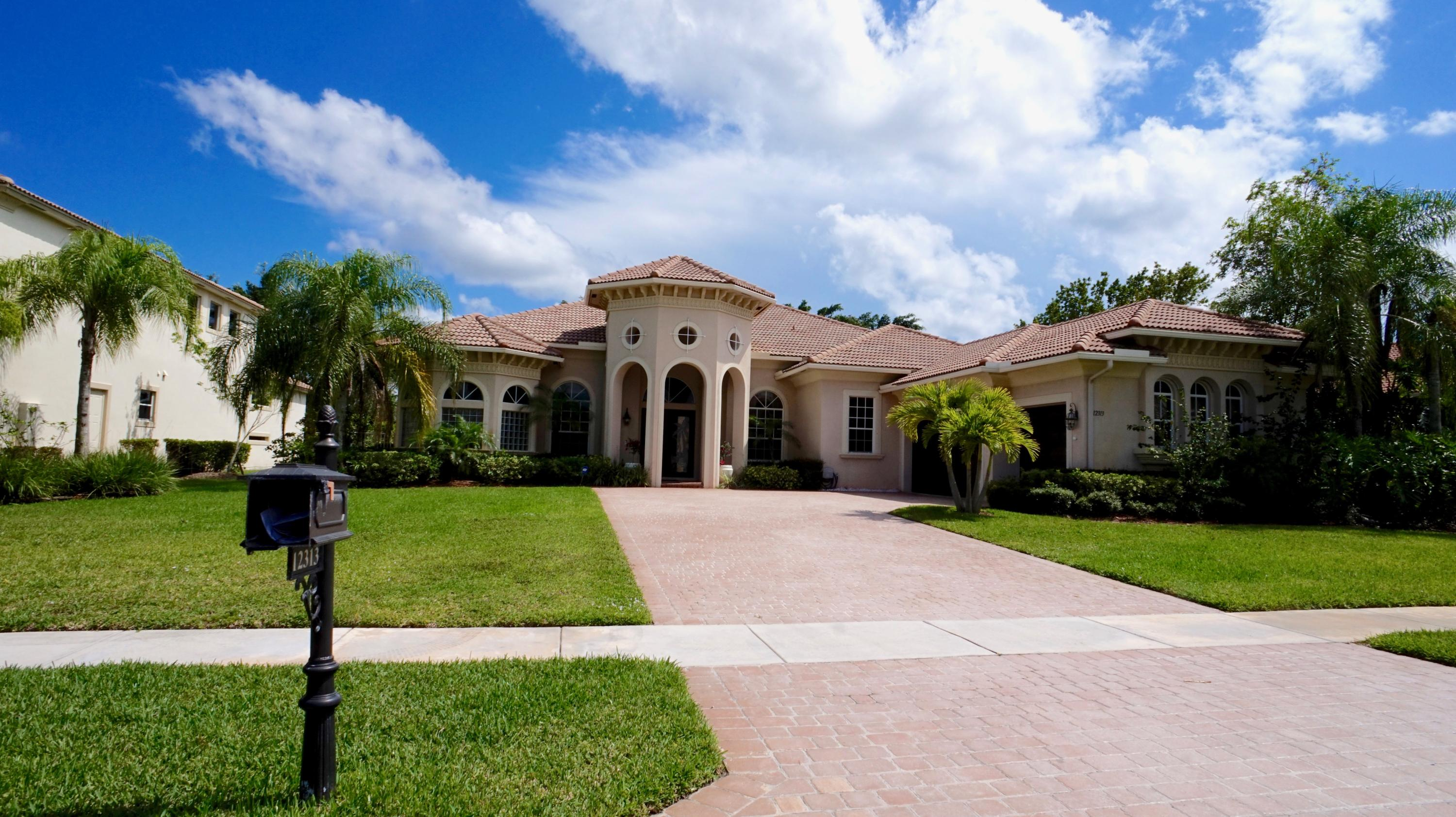 12313 Equine Lane Wellington, FL 33414
