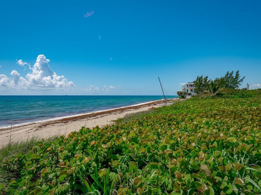 5111 Ocean Boulevard, Ocean Ridge, Florida 33435, 3 Bedrooms Bedrooms, ,3 BathroomsBathrooms,Townhouse,For Sale,Ocean,RX-10532012
