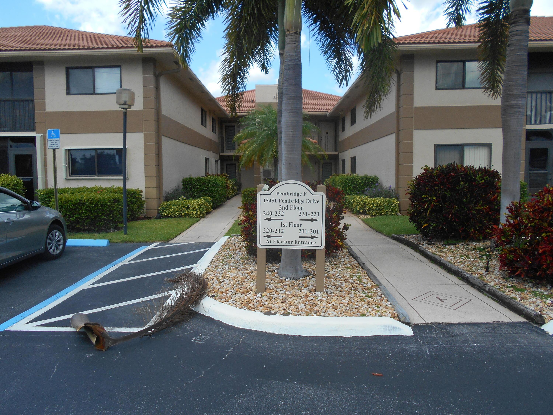 15451 Pembridge Drive 212  Delray Beach, FL 33484