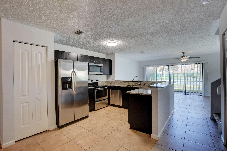 1671 Woodbridge Lakes Circle West Palm Beach, FL 33406