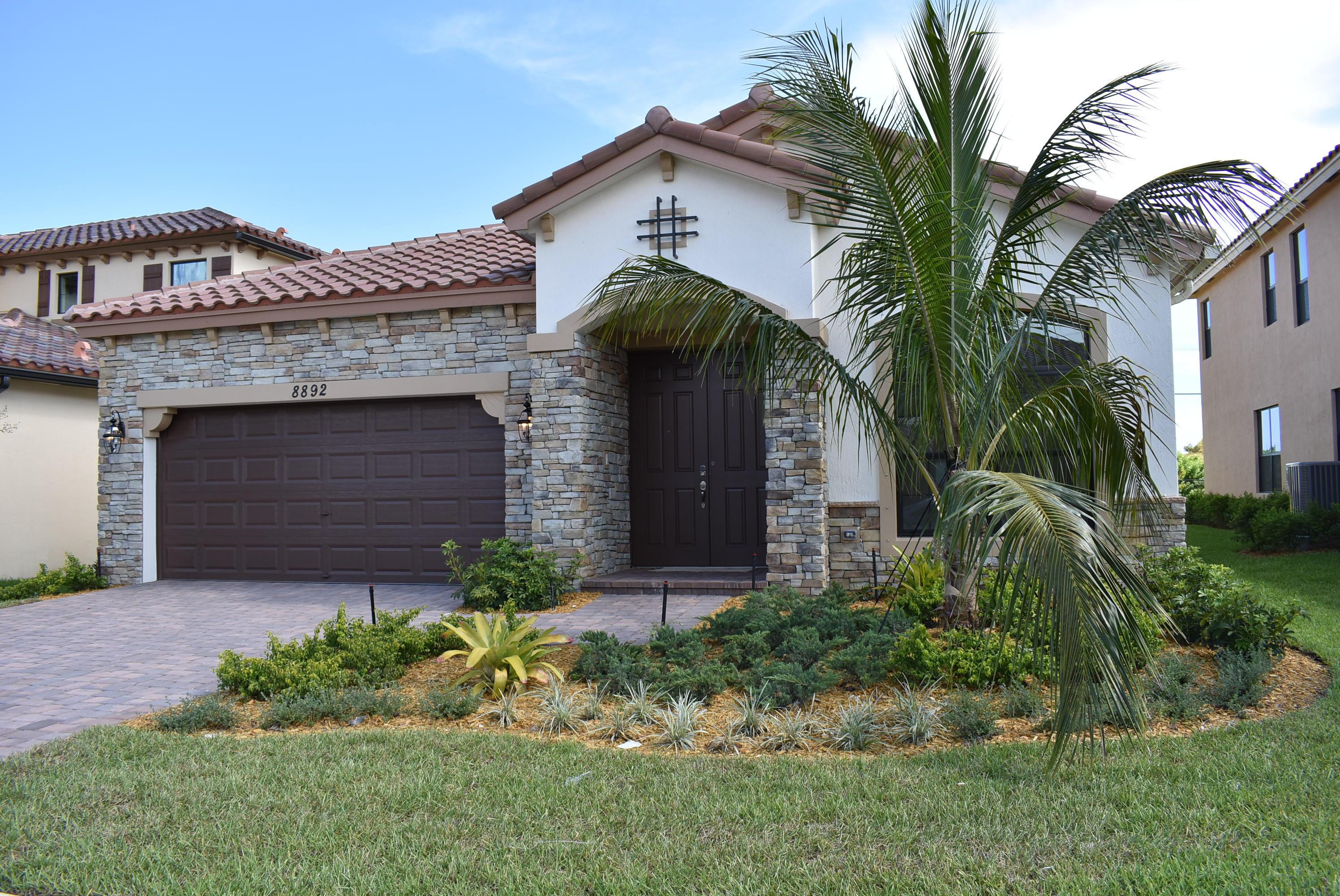 8892 Sea Chase Drive Lake Worth, FL 33467