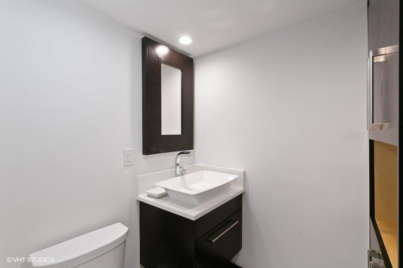 OLD PORT COVE LAKE POINT TOWER COND UNIT 954