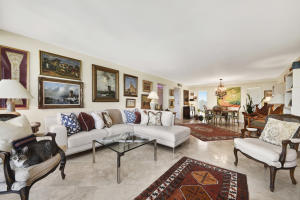 227  Australian Avenue Penthouse 5e For Sale 10532333, FL