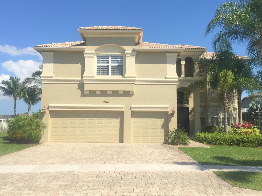 2176 Bellcrest Circle Royal Palm Beach, FL 33411