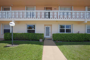 Pines Of Delray North Condo