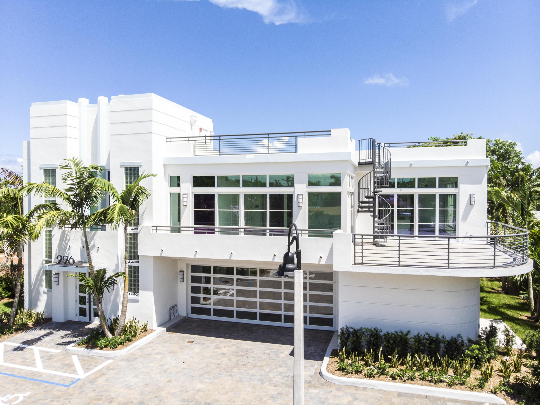 226 Palm Court  Delray Beach FL 33444