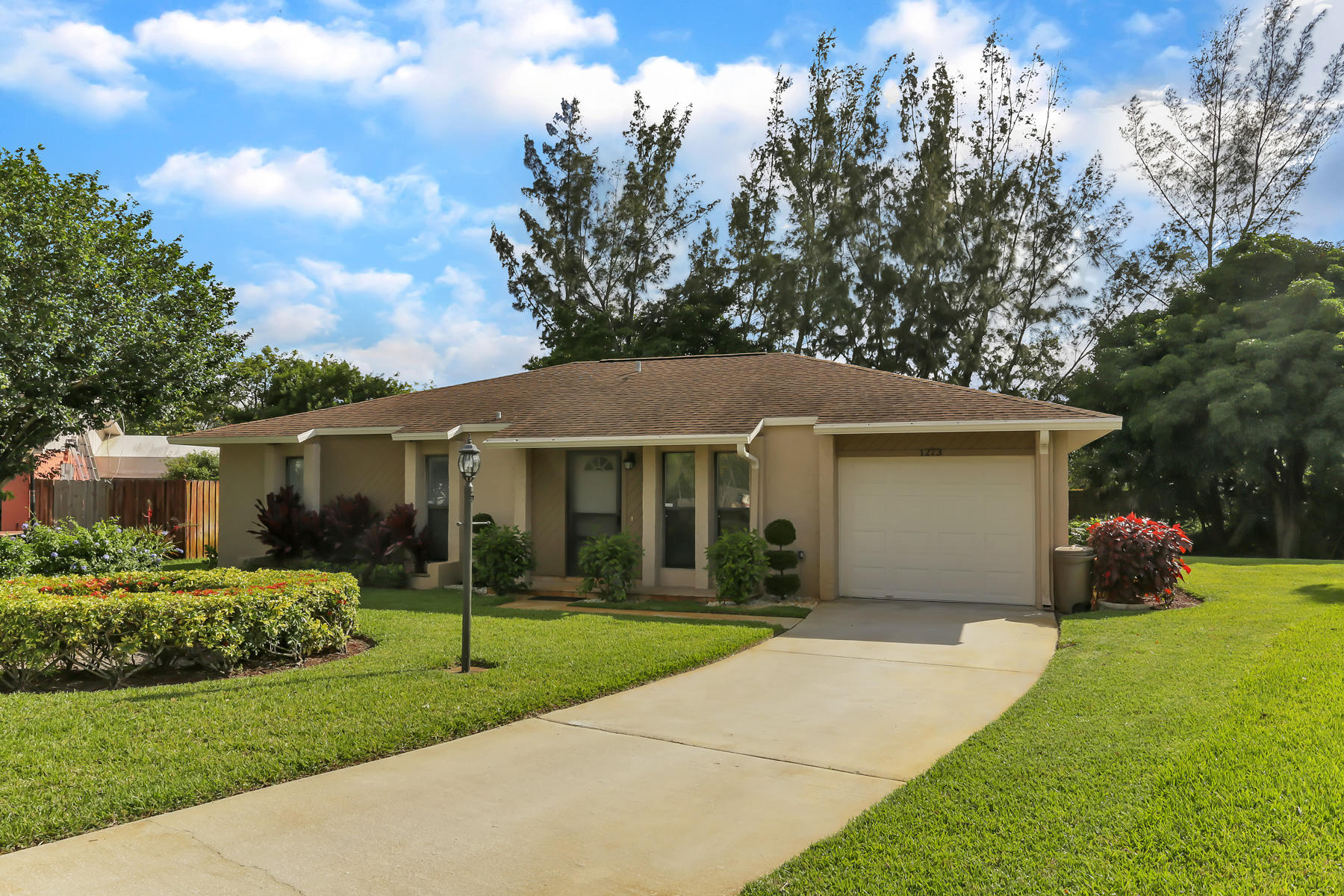 1273 Westover Road West Palm Beach, FL 33417