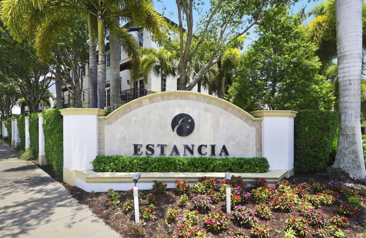 820 Virginia Garden Drive 820 Boynton Beach, FL 33435
