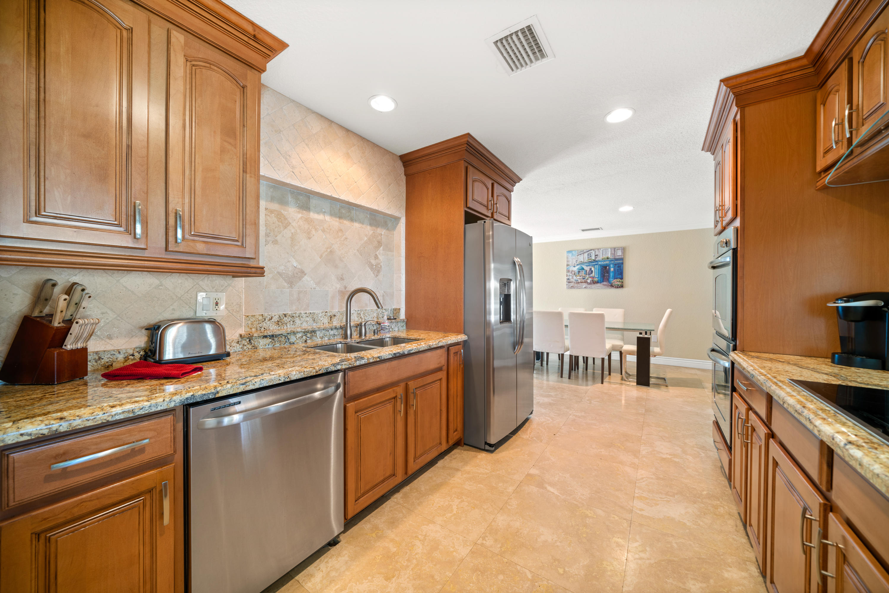 COLLEGE PARK REALTY