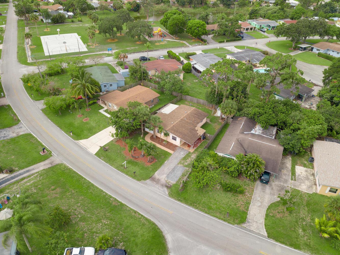 751 Caroline Avenue West Palm Beach, FL 33413