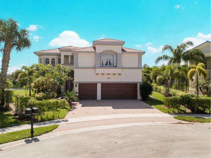 2726 Eleanor Way Wellington, FL 33414