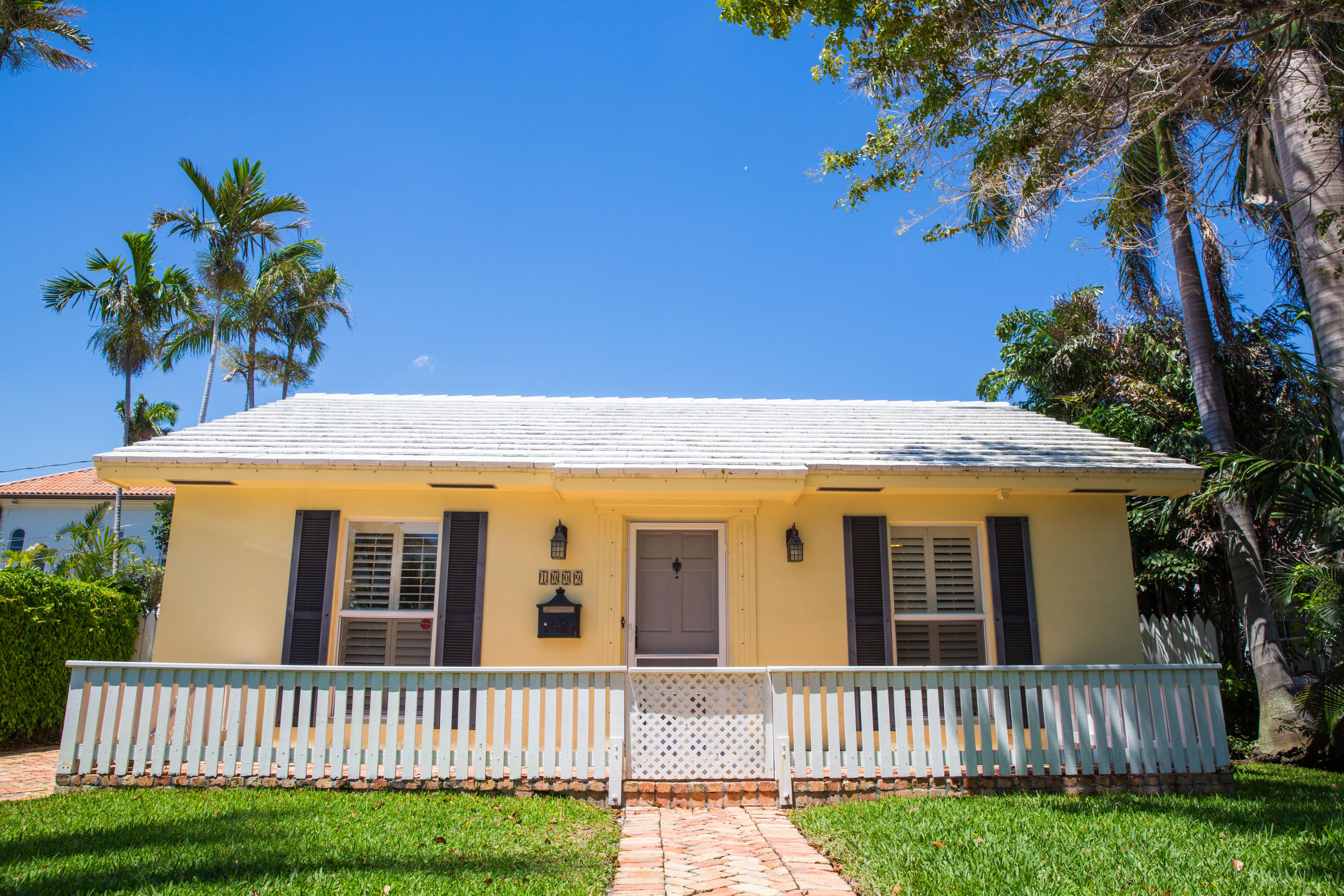 Home for sale in WHEATLEYS SUB Delray Beach Florida