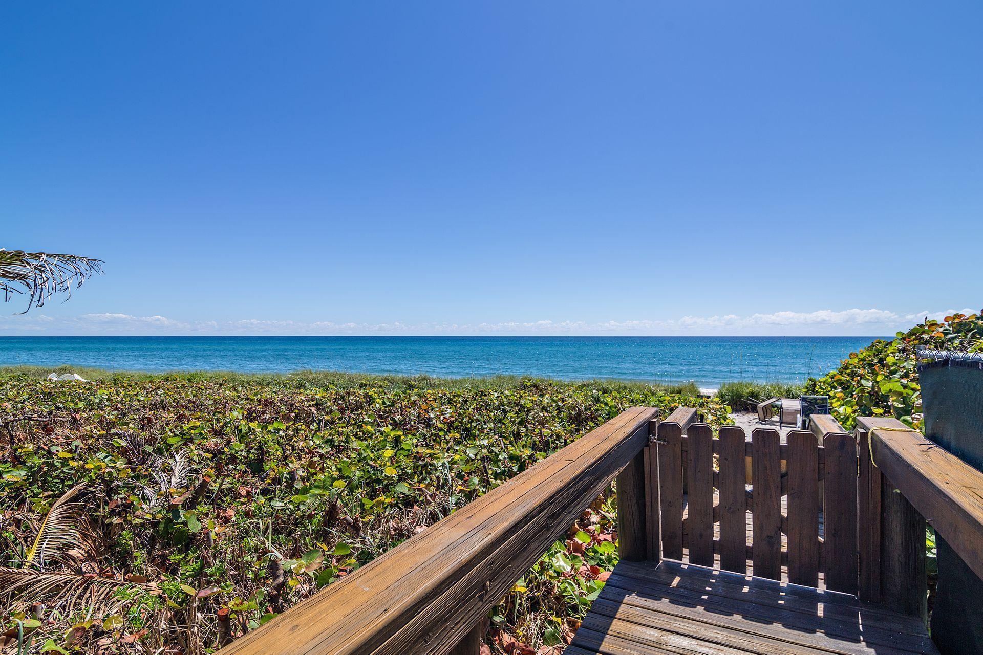 WEXFORD COURT JUNO BEACH FLORIDA