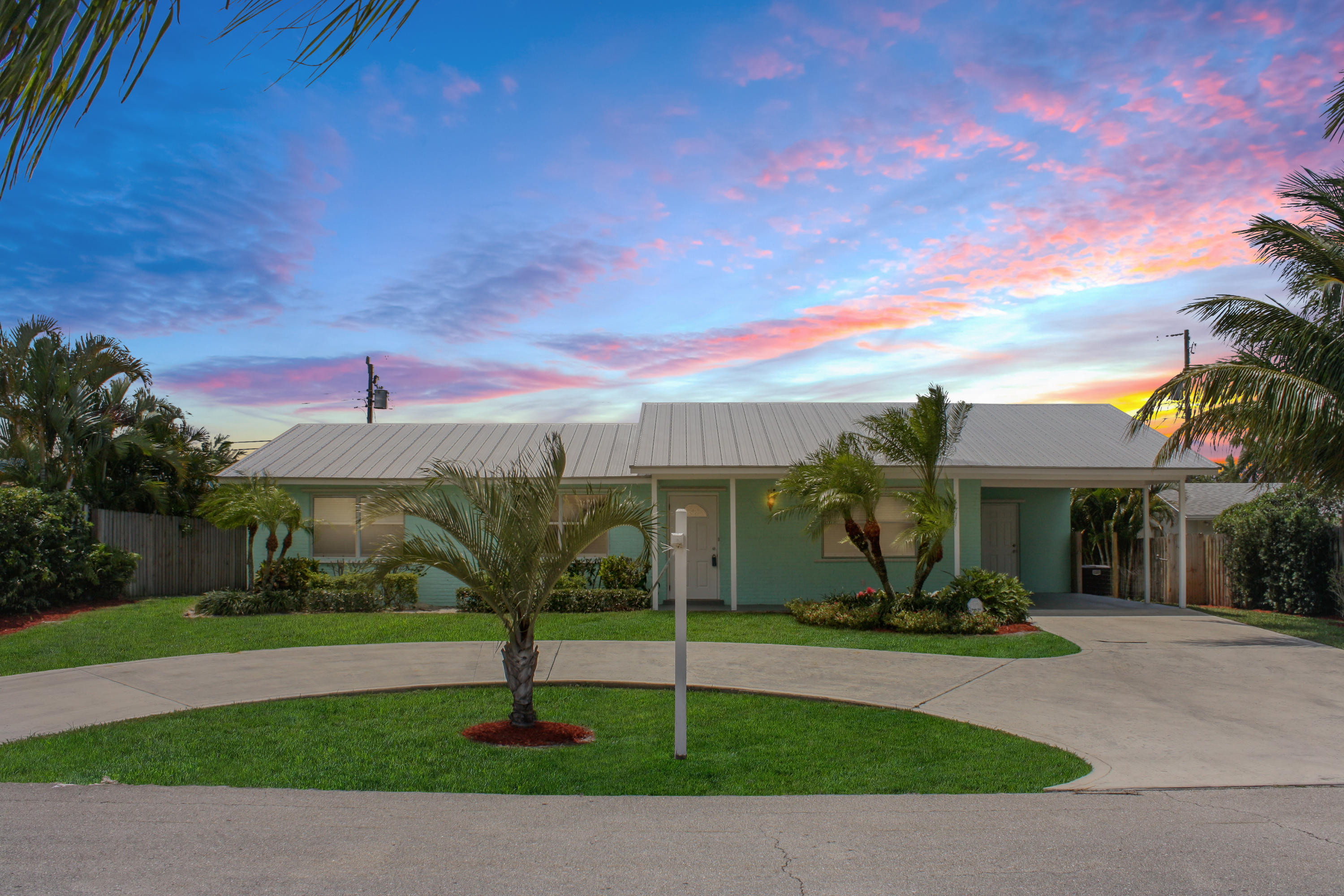 New Home for sale at 371 Mars Avenue in Tequesta
