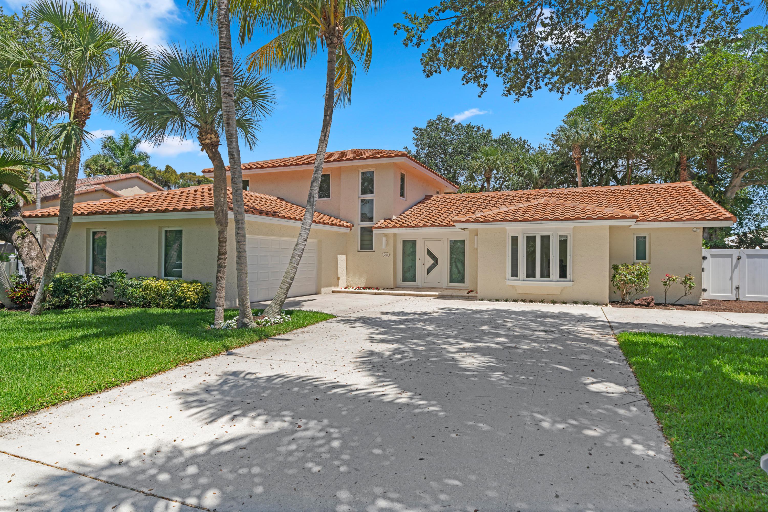 701 SW Carriage Hill Street  Boca Raton FL 33486