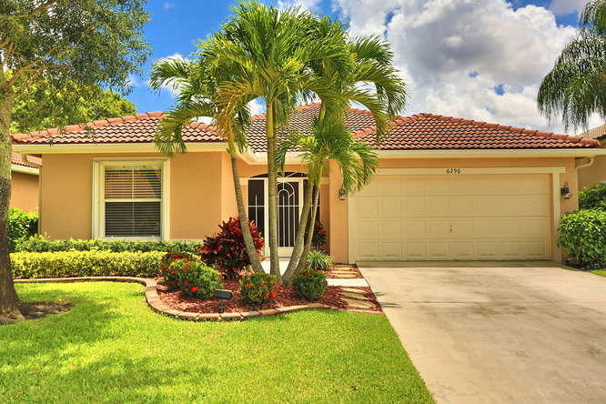 6296 Barton Creek Circle Lake Worth, FL 33463