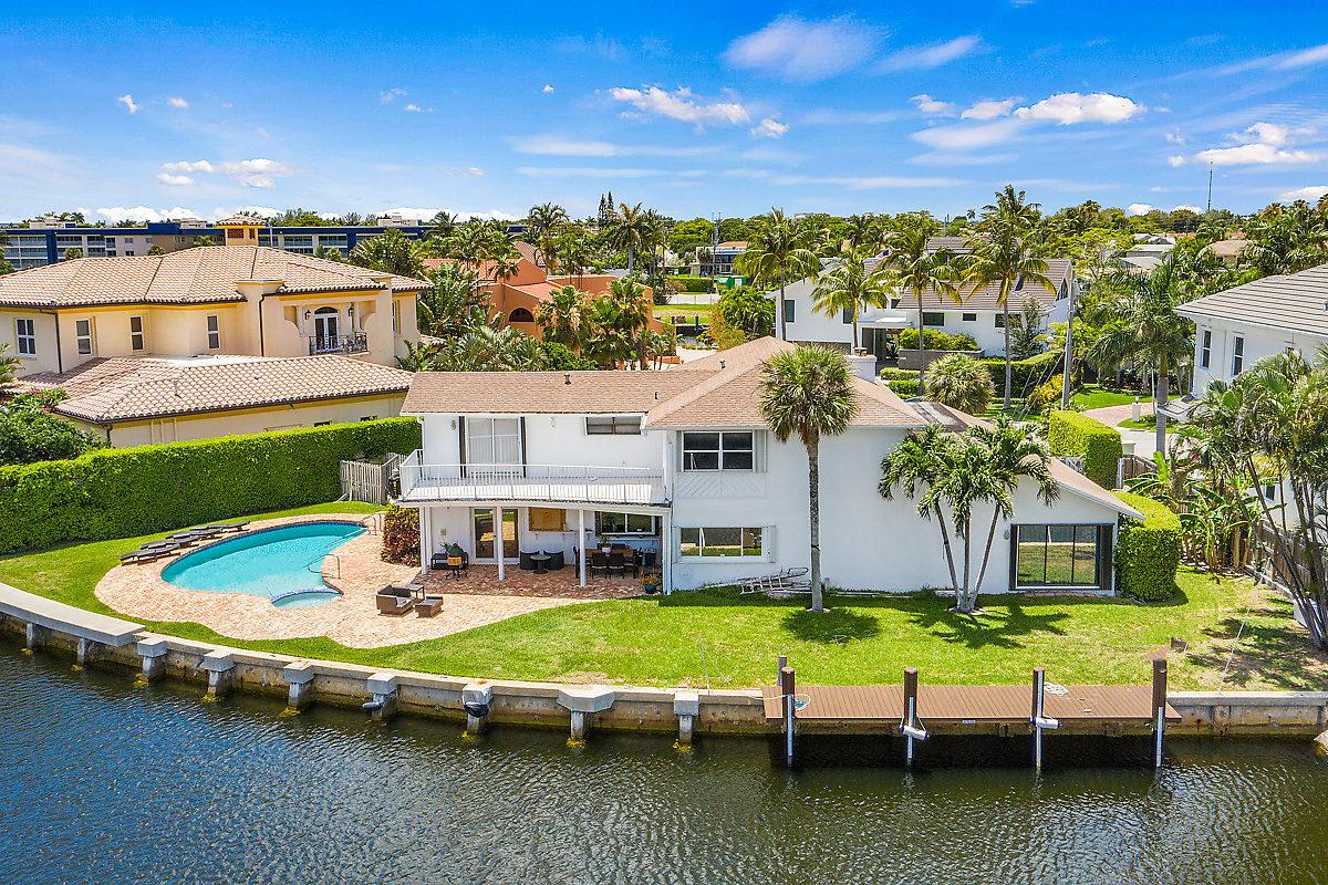 3031 Jasmine Court  Delray Beach, FL 33483