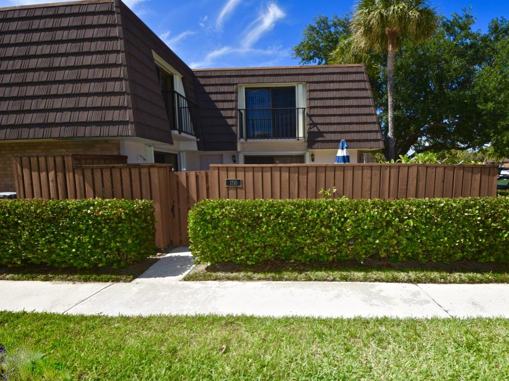 1710 17th Court, Jupiter, Florida 33477, 2 Bedrooms Bedrooms, ,2 BathroomsBathrooms,Rental,For Rent,17th,RX-10533533