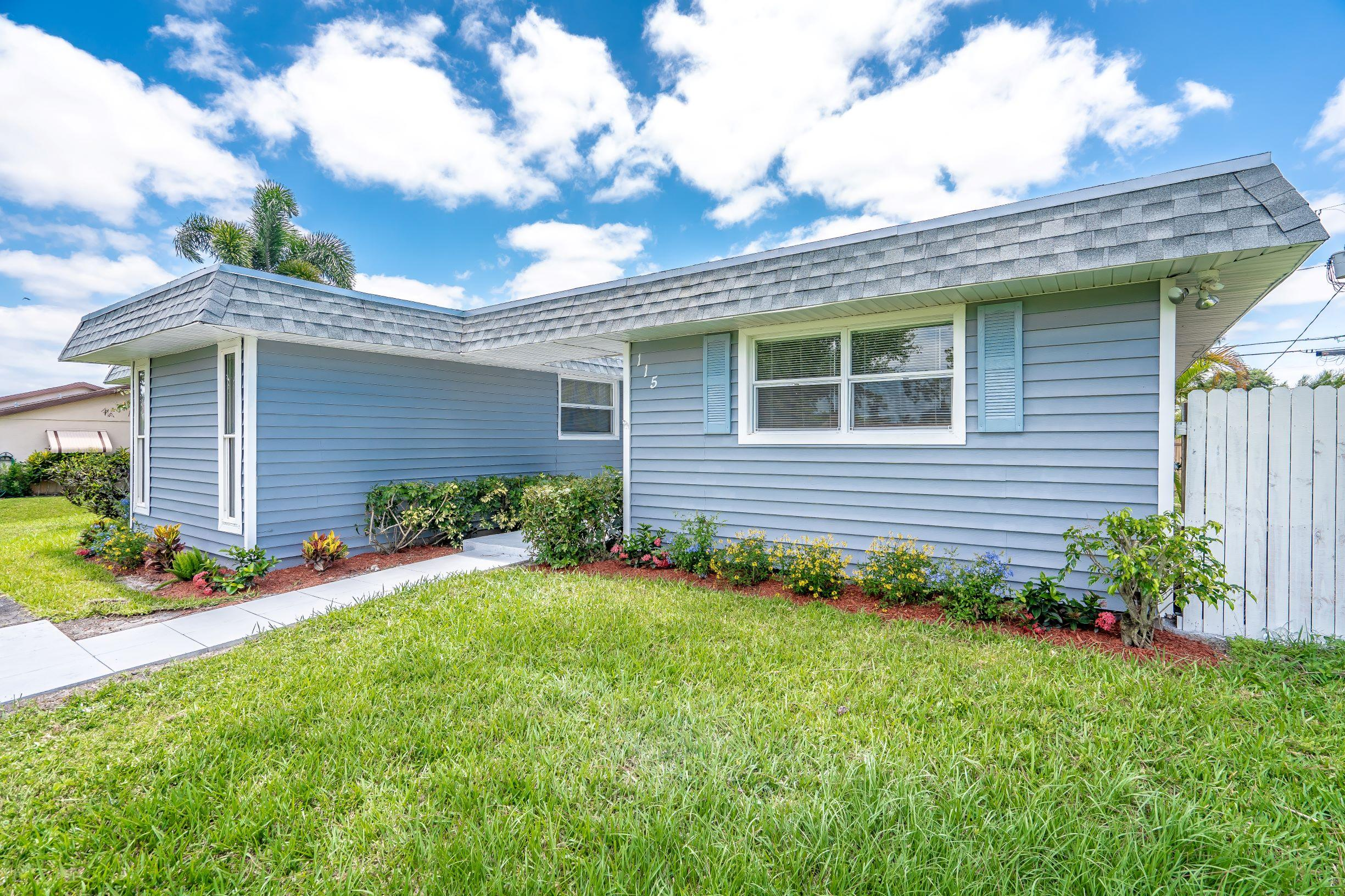 115 W Mango Road Lake Worth, FL 33467