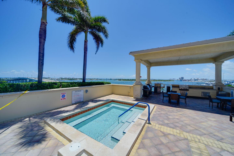 2650 Lake Shore Drive 2005, West Palm Beach, Florida 33404, 2 Bedrooms Bedrooms, ,2.1 BathroomsBathrooms,A,Condominium,Lake Shore,RX-10533606