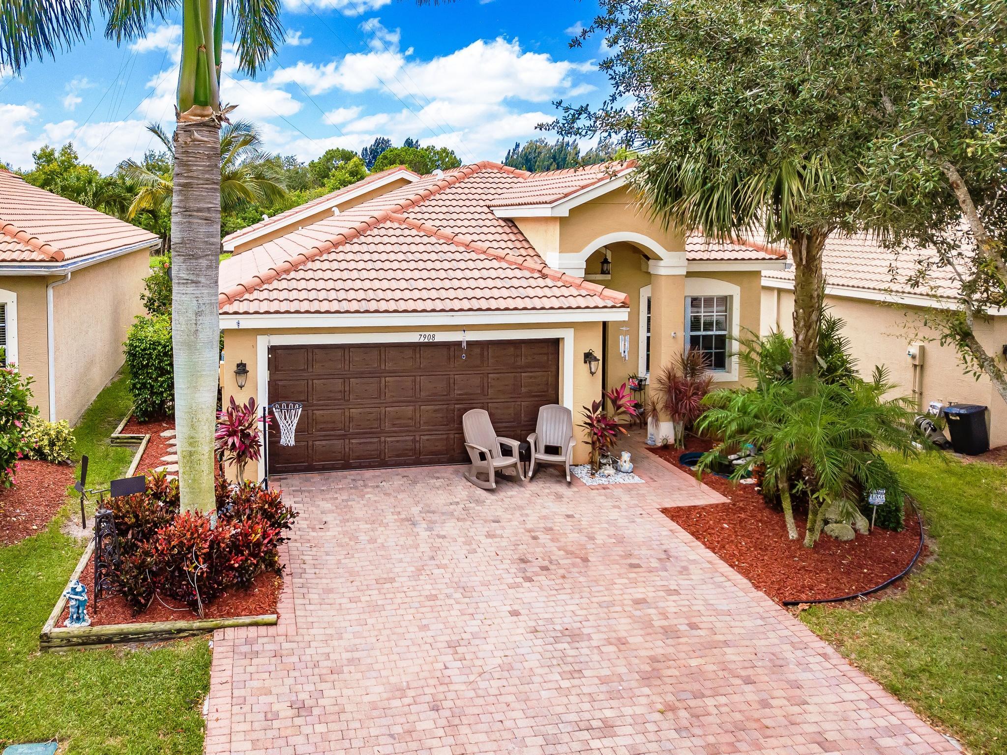 7908 Jewelwood Drive Boynton Beach, FL 33437